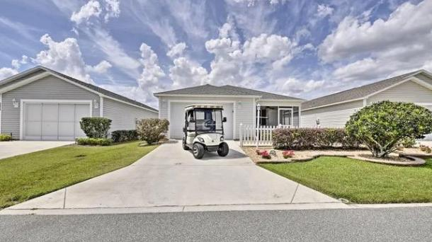 ID#1158 - Adorable 2BR 2BA Patio Villa. Fantastic Location! Free Golf Cart.!