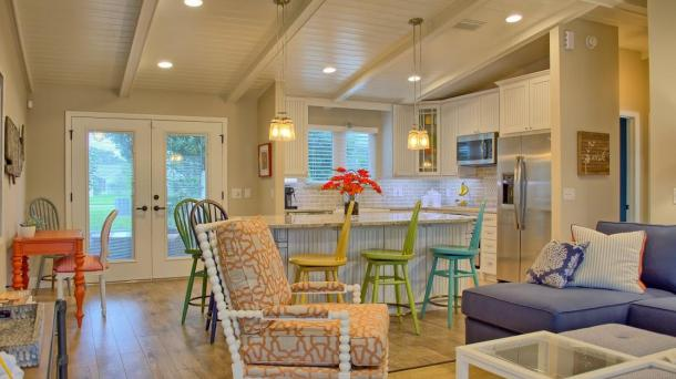 "#479  Pristine & Serene ""Coastal"" Cottage"