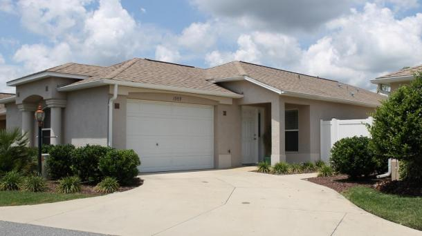 #496 3 BR Courtyard Villa w/Cart - Centrally located